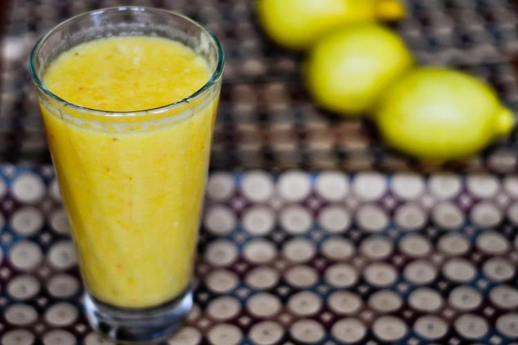 Koktajl wzmacniający odporność. Jabłka + cytryna + pomarańcza